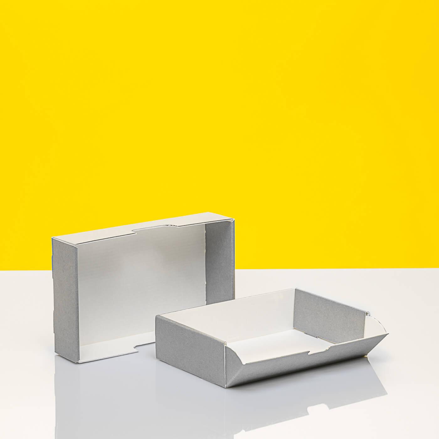 Stülpschachtel mit einer aufklappbaren Seite