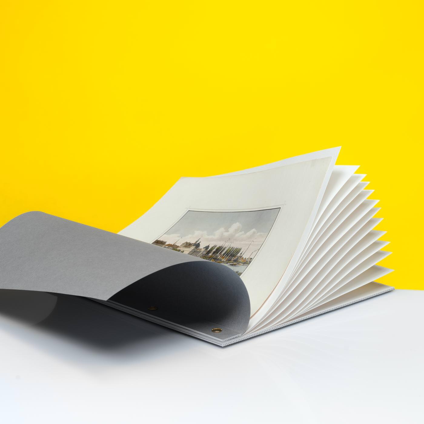 Separierfächer mit Buchschrauben